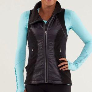 Lululemon Run: Gust Buster Vest Black Size 4